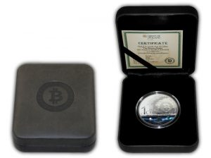 stribrna_mince_binary_eagle_sol_noctis_bitcoin_cent_2014_proof_box